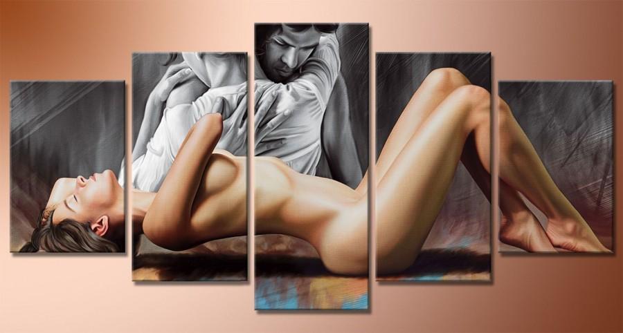 Картина в спальню эротика, попросил двоих подрочить ему в кустах за деньги